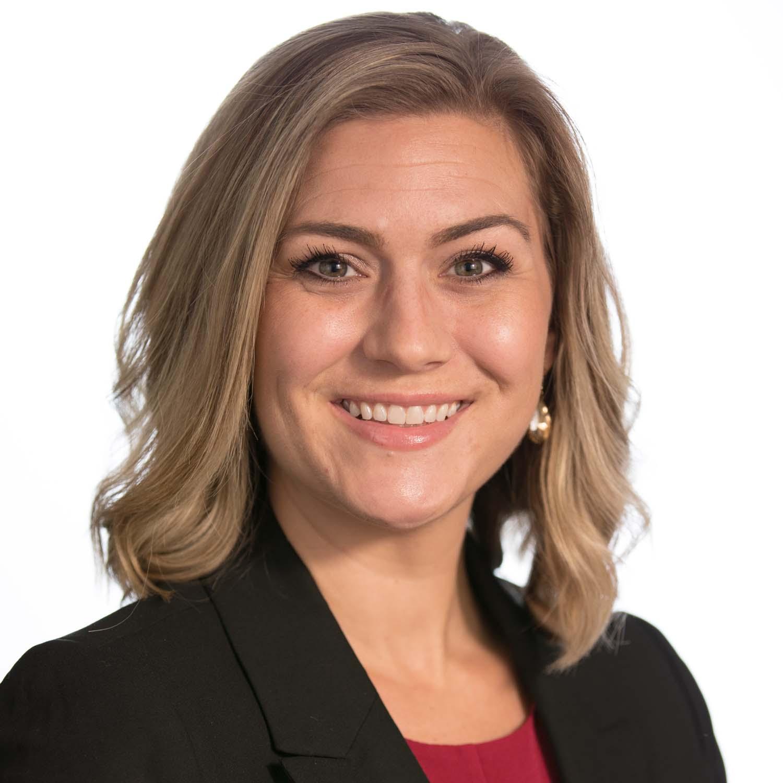 Erin Keefer Professional Headshot